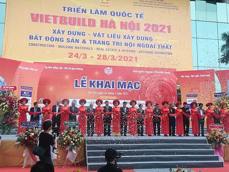 Lễ khai mạc triển lãm Quốc tế VIETBUILD Hà Nội 2021 lần thứ nhất